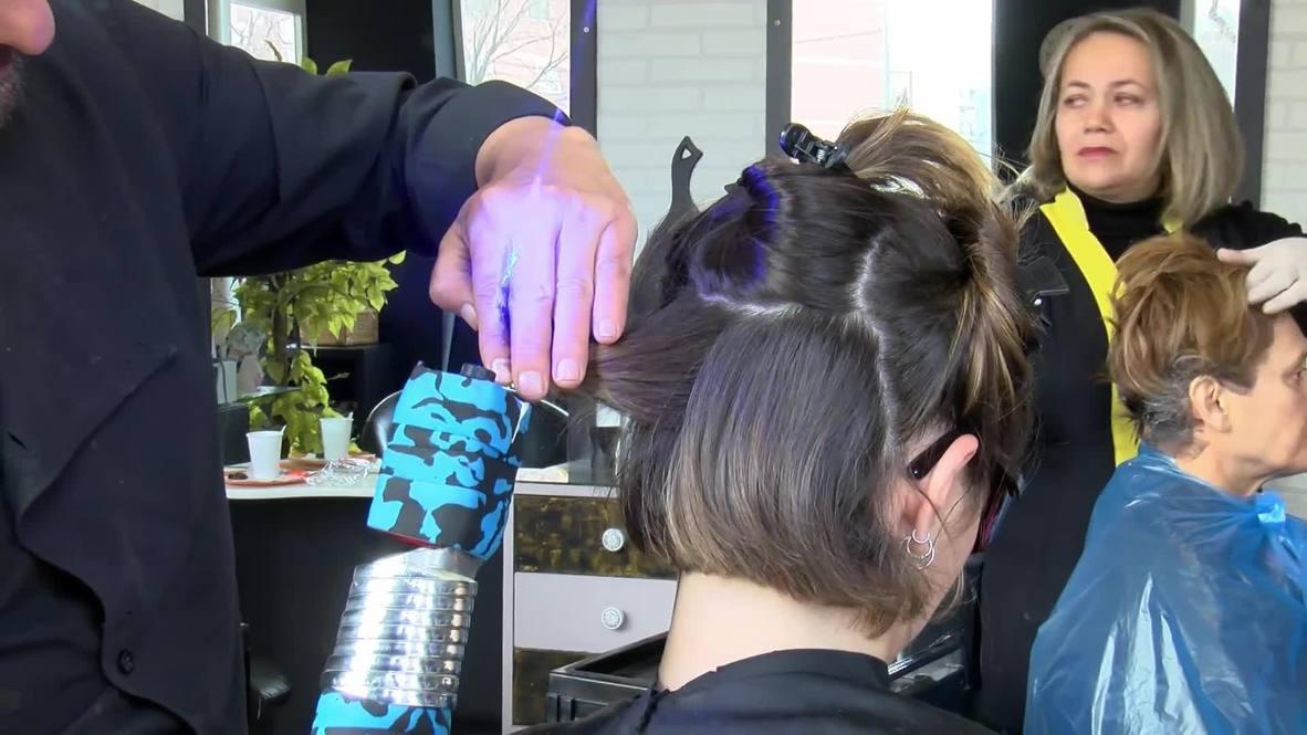 Esta peluquería futurista utiliza láser para cortarte el pelo con precisión milimétrica