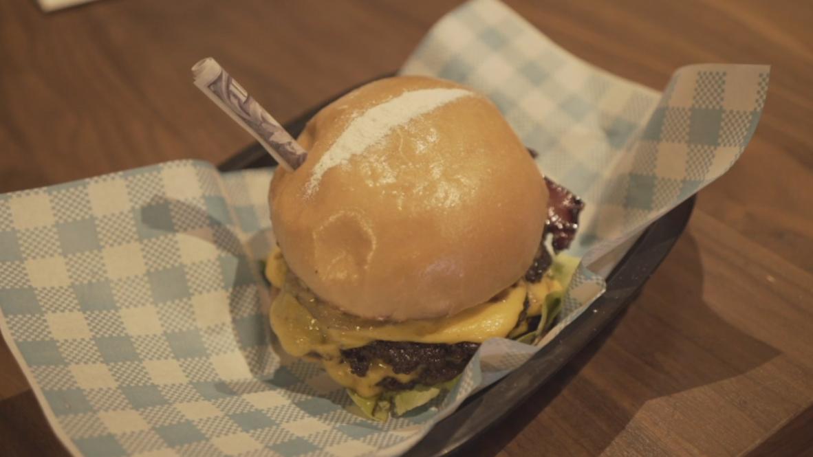 """¿Se han pasado de la raya? Pablo Escoburguers ofrece hamburguesas con """"cocaína"""" en Melbourne"""