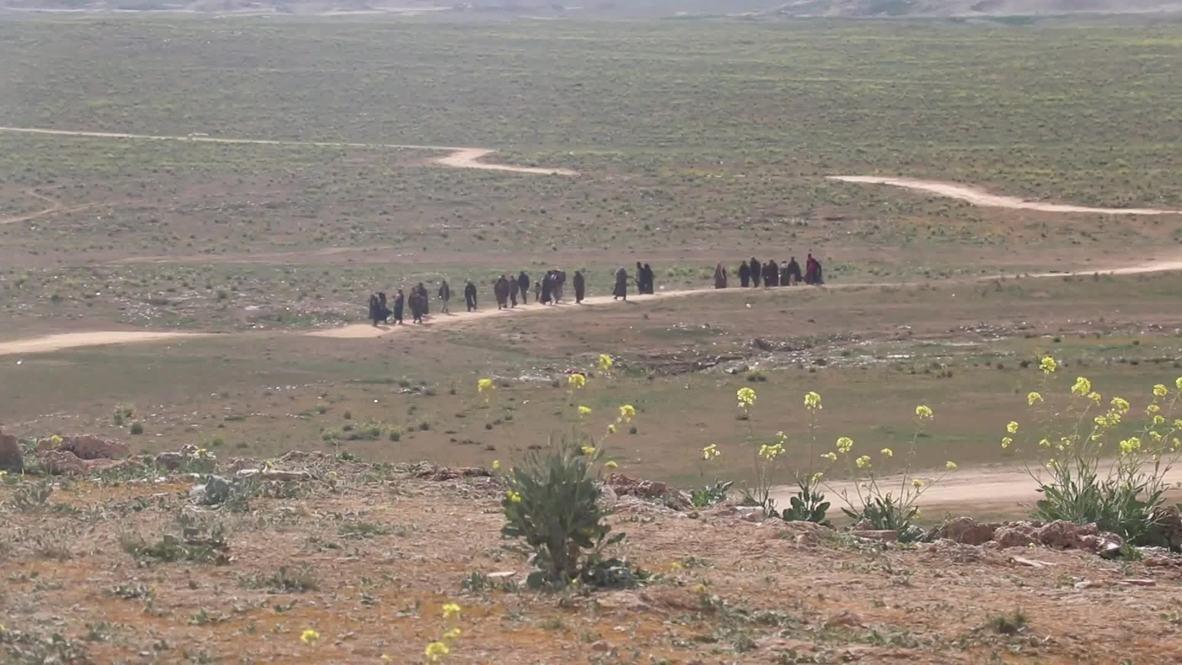 Siria: los civiles huyen del último enclave de Estado Islámico en Deir ez-Zor
