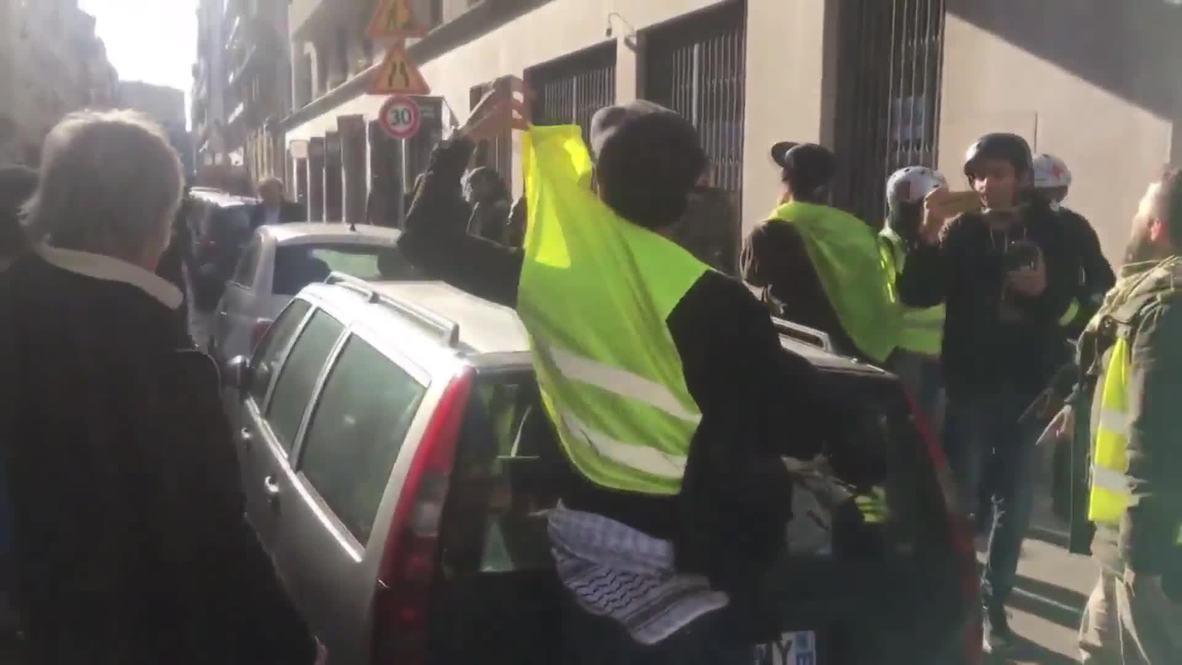 France: Yellow Vests yell anti-Semitic insults at philosopher Alain Finkielkraut