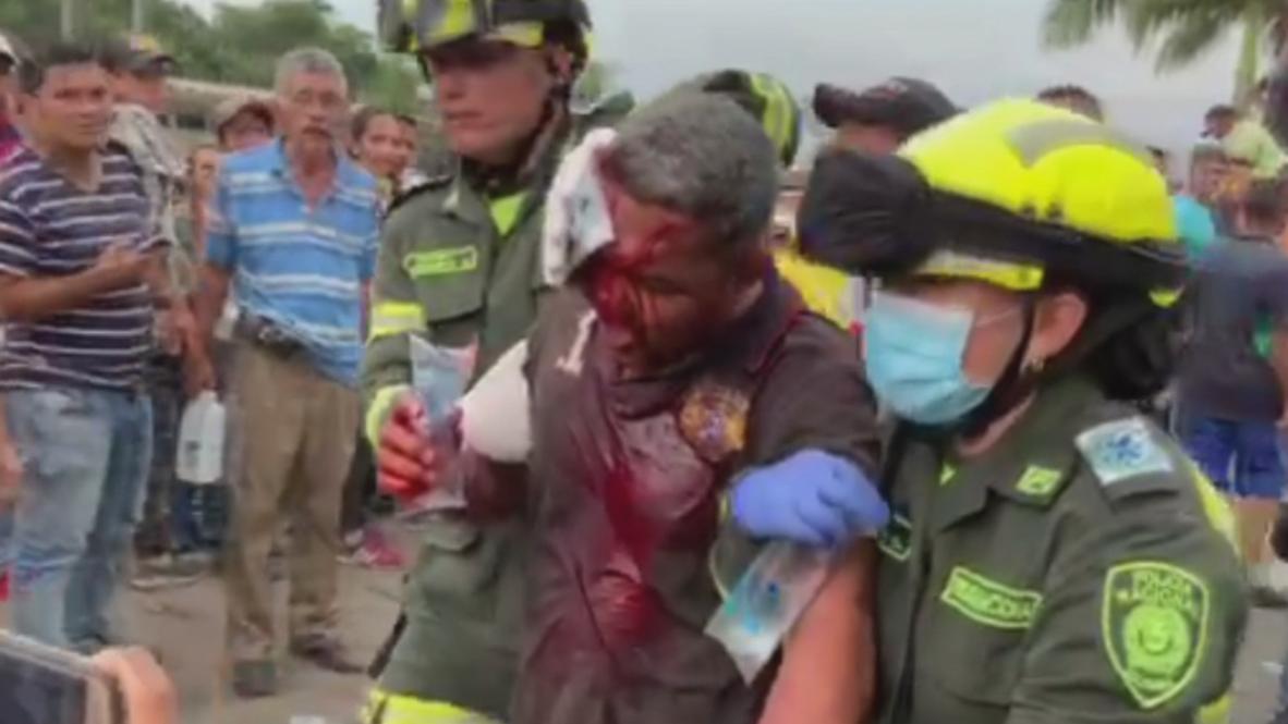 Colombia: Manifestantes heridos huyeron de los enfrentamientos fronterizos