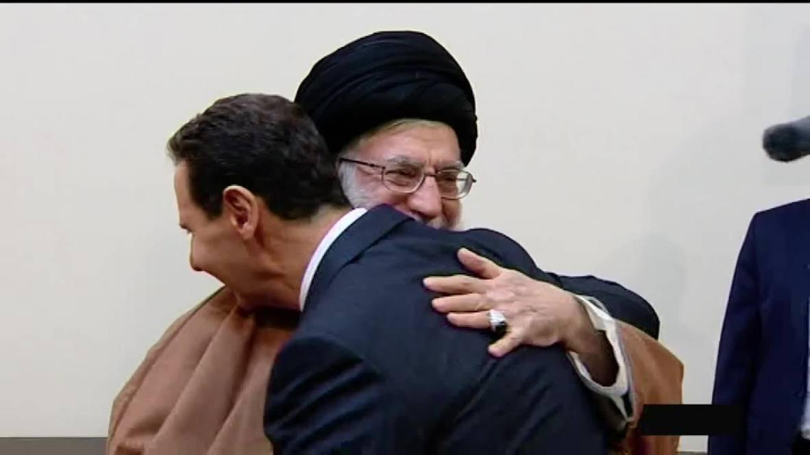Иран: Хаменеи и Асад обнялись во время встречи в Тегеране