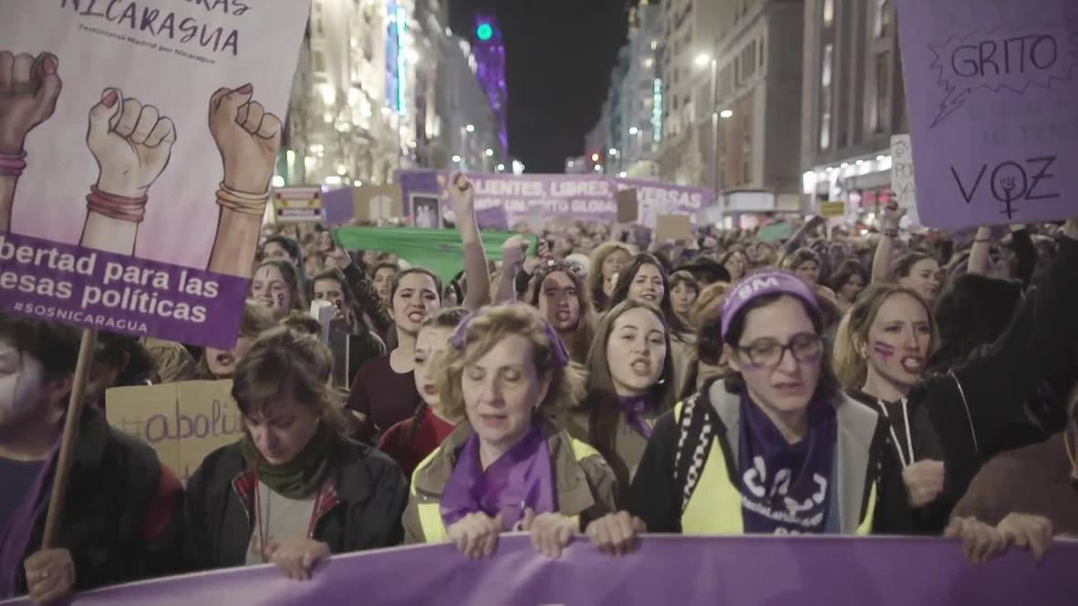 España: Miles de mujeres se manifiestan en Madrid en el Día Internacional de la Mujer