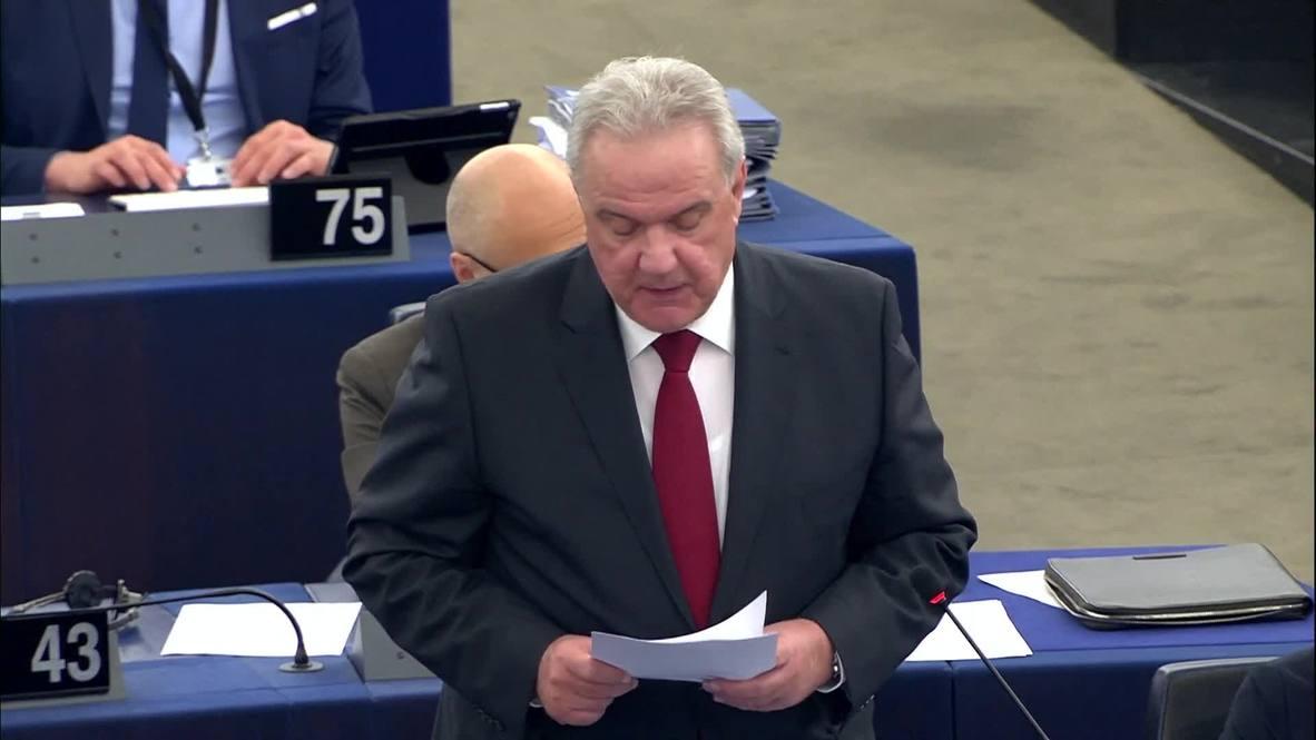 """Francia: """"El uso de la fuerza"""" causaría más sufrimiento - Comisario de la UE sobre Venezuela"""