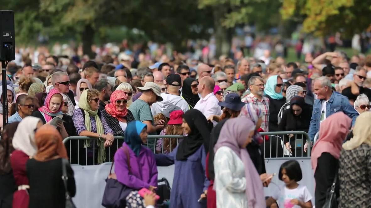 New Zealand: Women in Christchurch wear a 'headscarf for harmony'