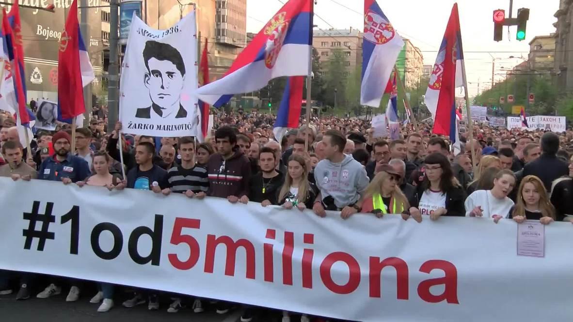 Serbia: Anti-government protests continue to rock Belgrade