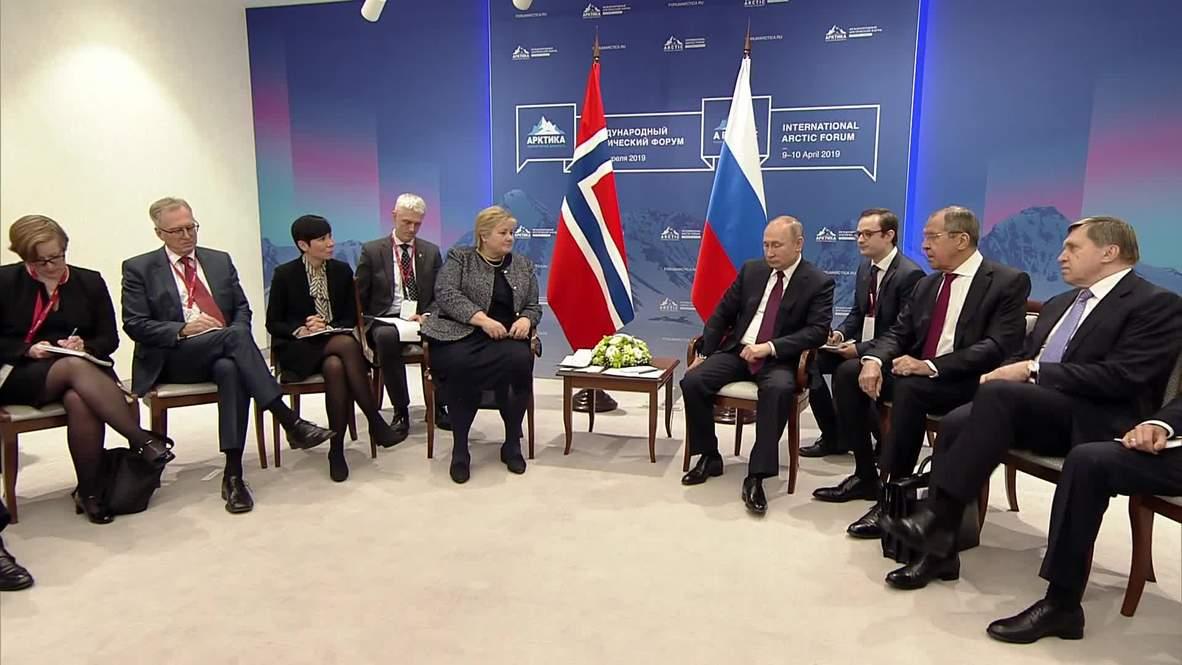 Russia: Putin meets with Norwegian, Swedish PMs at Arctic Forum