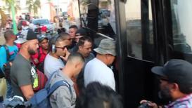 Mexico: 800 cubanos parten de Tapachula rumbo a EE.UU.