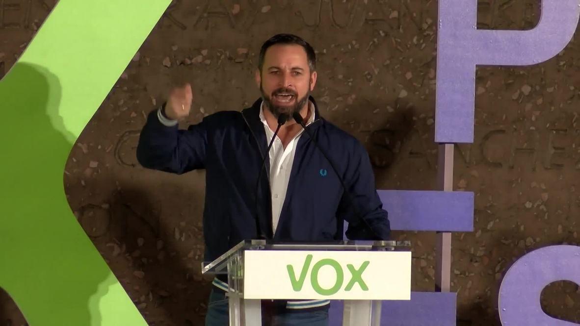 España: Miles de personas se dan cita en el último mitin electoral de Vox