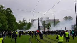 """Франция: Столкновения на марше """"жёлтых жилетов"""" у здания Европарламента в Страсбурге"""