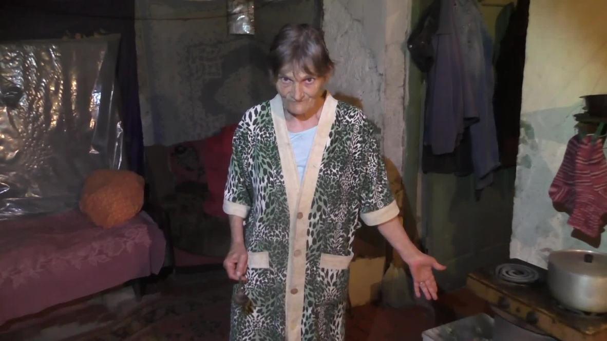 Украина: Пенсионерка устала жить в подвале в Донецке, в России у нее сын