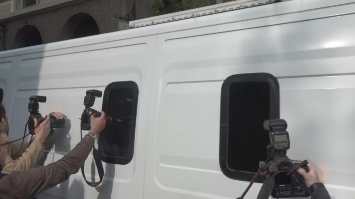 Великобритания: Ассанжа доставили в лондонский суд для вынесения приговора