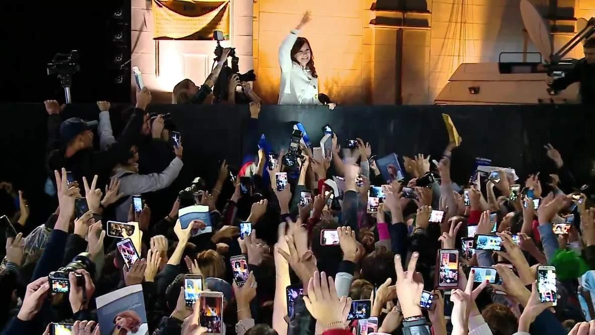 Argentina: Miles atienden la presentación del libro de Kirchner entre rumores sobre su candidatura