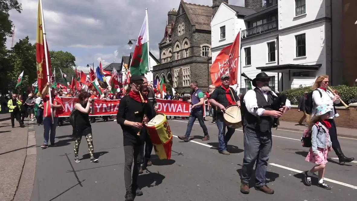 Reino Unido: Manifestantes marchan por la independencia de Gales en Cardiff