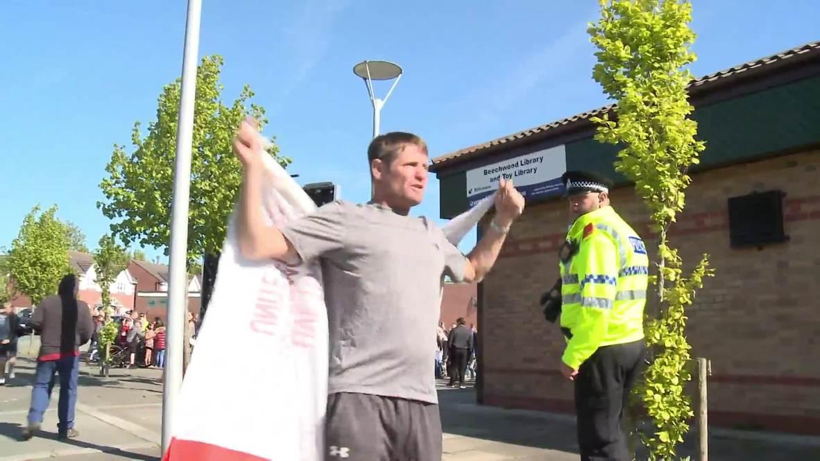 Reino Unido: Partidarios de Tommy Robinson y contramanifestantes se enfrentan durante marcha por las elecciones europeas