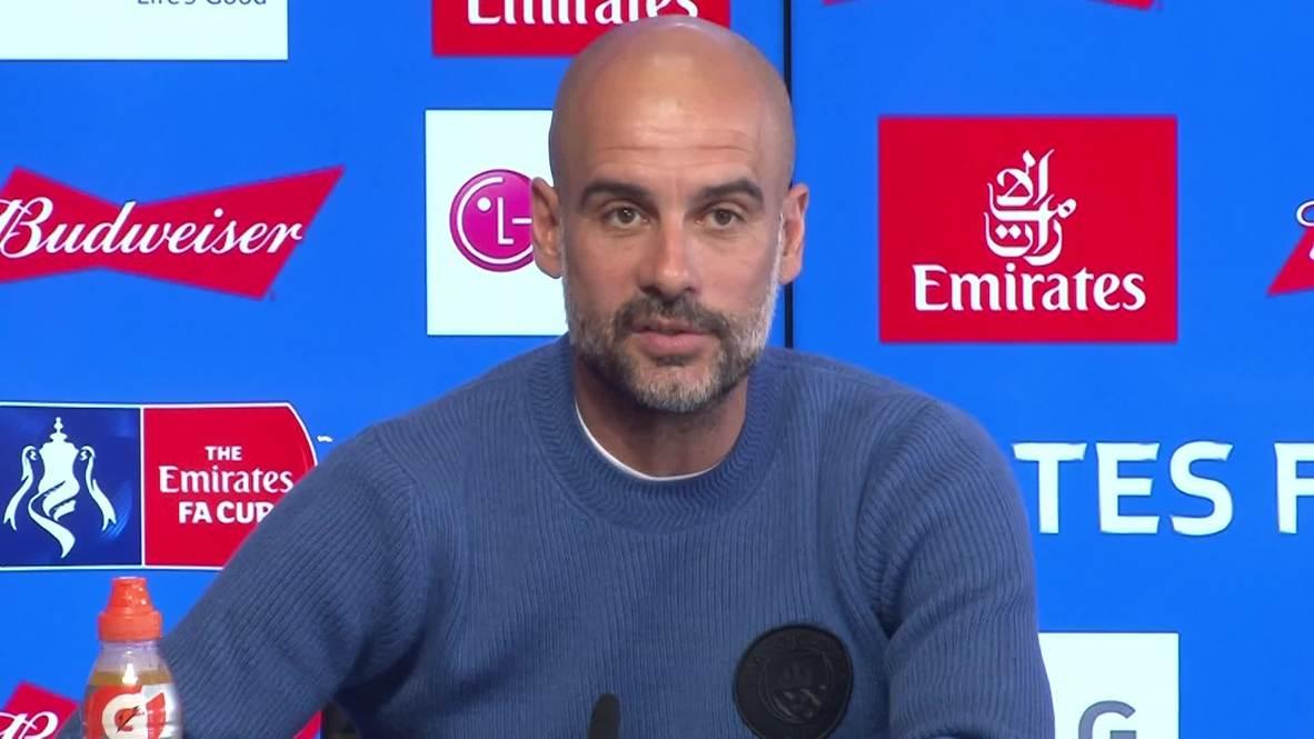 RU: '¿Primer triple doméstico? Las mujeres ya lo consiguieron' - Guardiola corrige a periodista