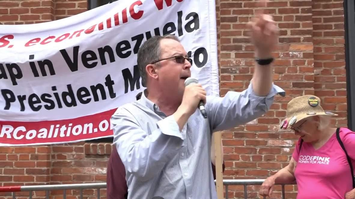 EE.UU.: Activistas se reúnen ante la Embajada de Venezuela en Washington D.C. después de desalojos