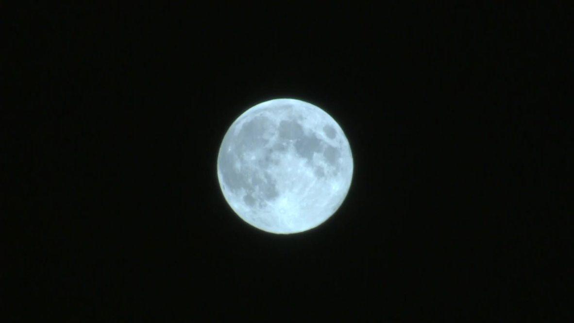 Россия: Голубая Луна всему виной в последний раз в этом десятилетии