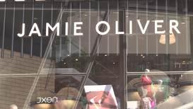 UK: Celebrity chef Jamie Oliver's restaurant chain collapses