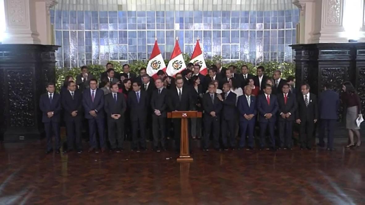 Perú: Vizcarra amenaza con disolver el Congreso si se mantiene el bloqueo a su reforma política