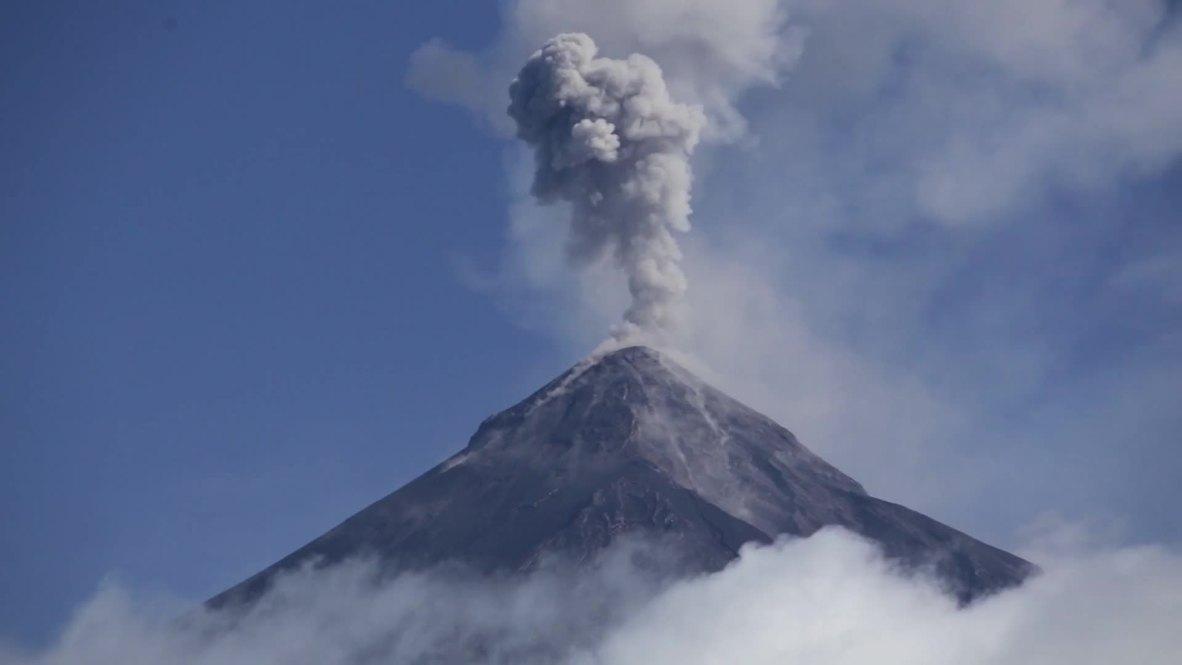 Guatemala: Conmemoran a las víctimas del volcán un año después de la tragedia