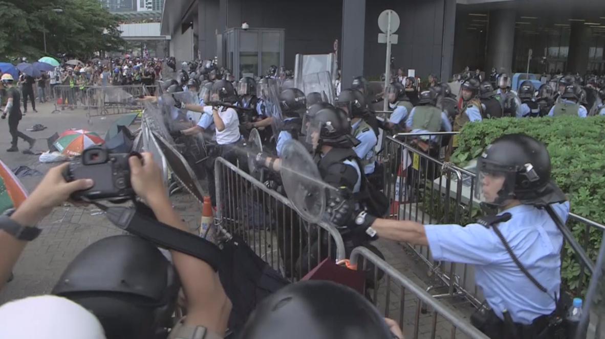Hong Kong: Violentos enfrentamientos entre la policía y manifestantes contra la ley de extradición