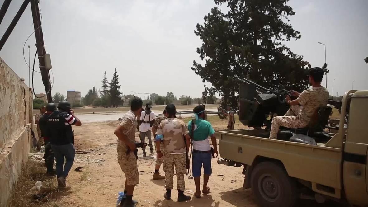 Libia: Fuerzas del GNA se enfrentan a combatientes leales a Khalifa Haftar en el sur de Trípoli