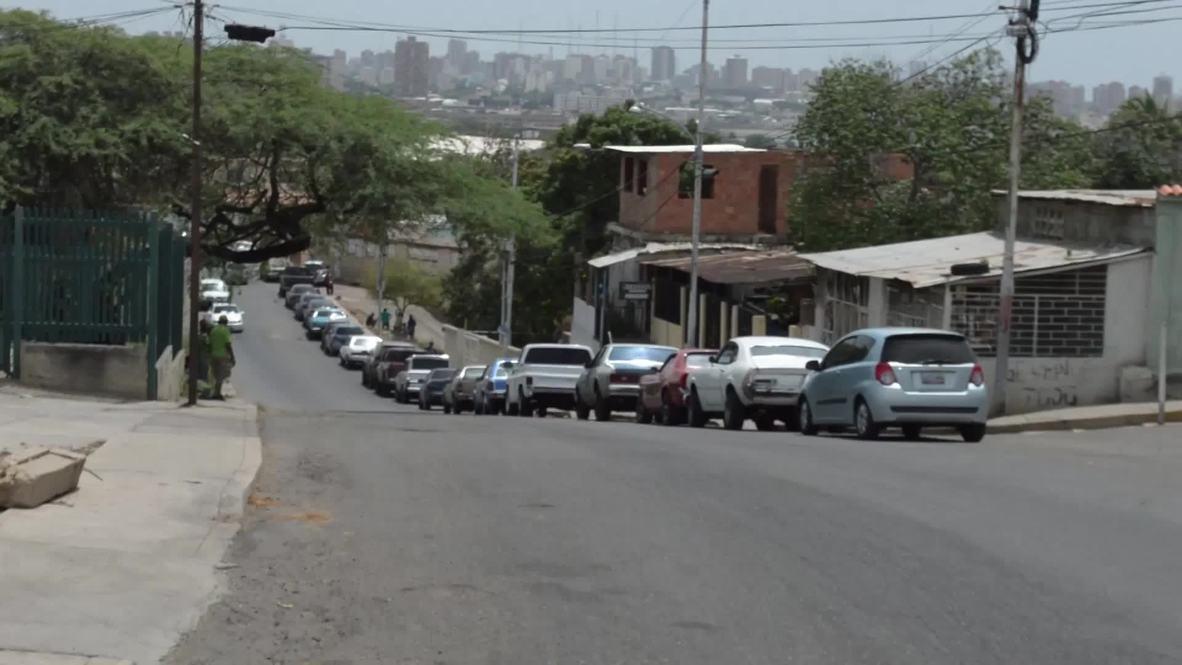 Venezuela: Largas colas de vehículos en Maracaibo para repostar gasolina