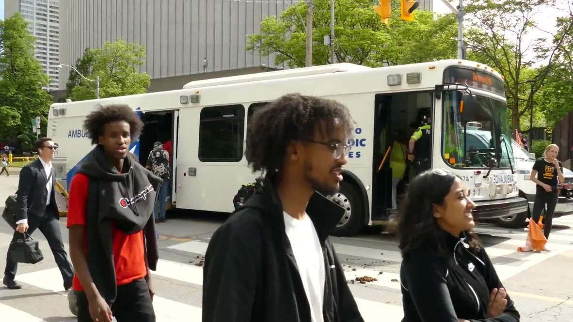 Canadá: Servicios de emergencia se despliegan tras los disparos en el desfile de los Toronto Raptors