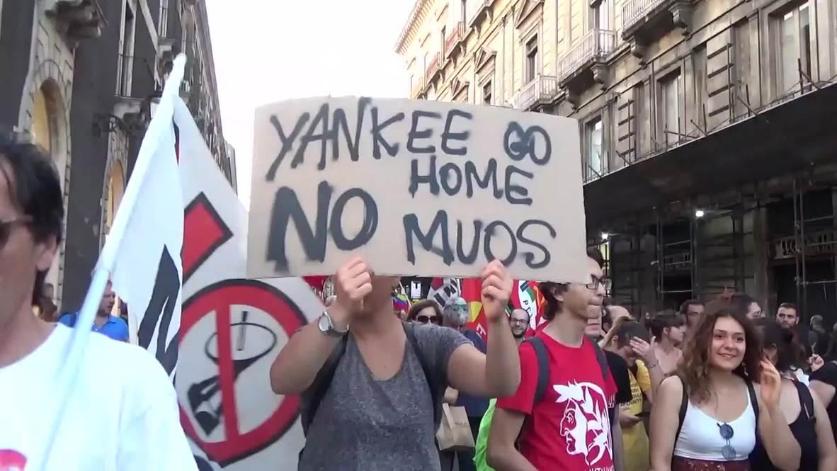 Italy: 'Yankee go home' - Sicilians rally against US military presence