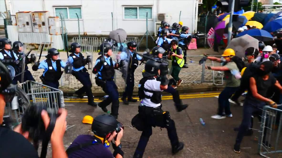 Hong Kong: Protesters clash with police on anniversary of Hong Kong's handover to China