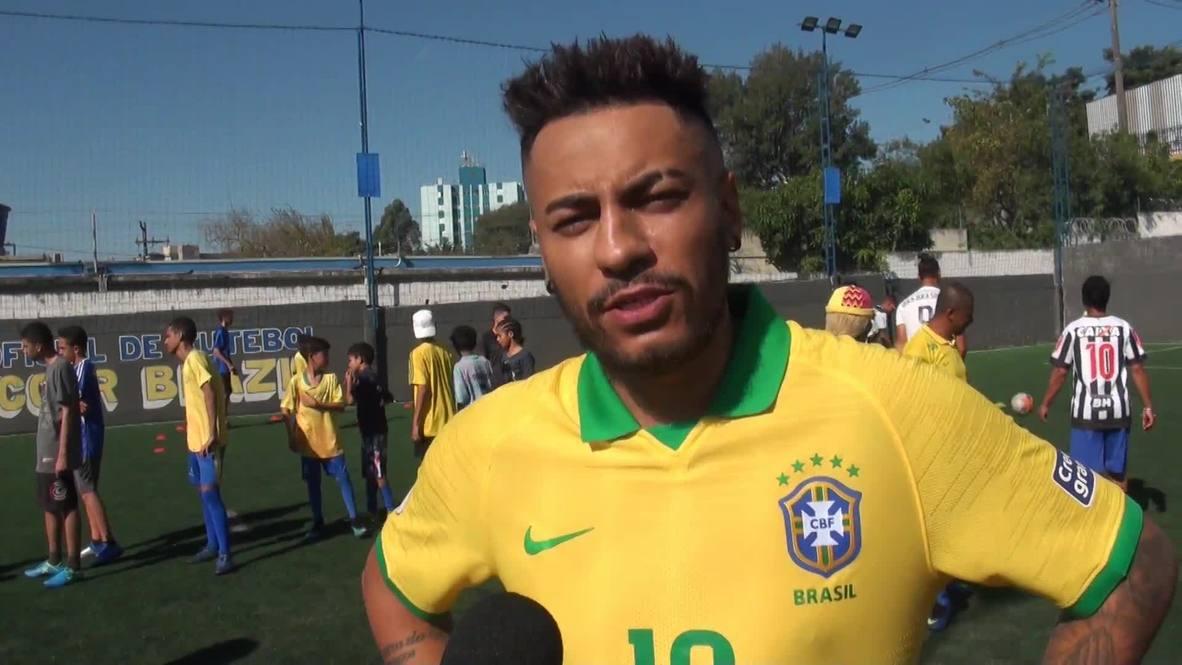 Neymar and Zlatan doppelgangers have Sao Paulo seeing double!