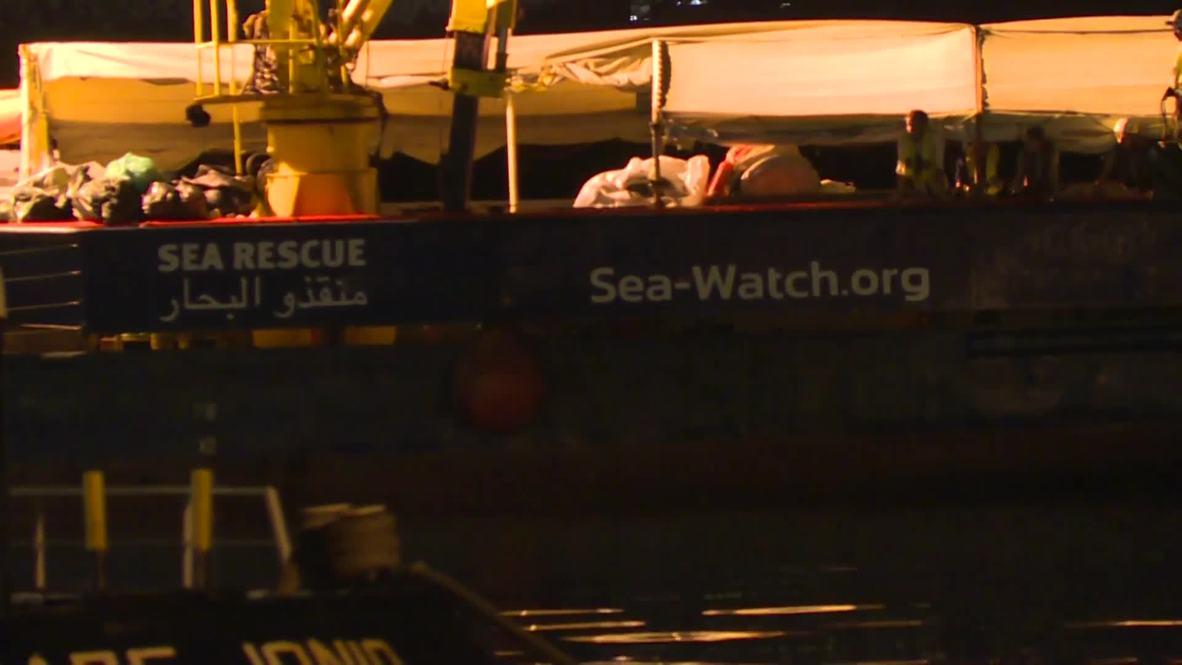 Italia: El barco de rescate Sea Watch cambia de puerto después que su capitana quede en libertad