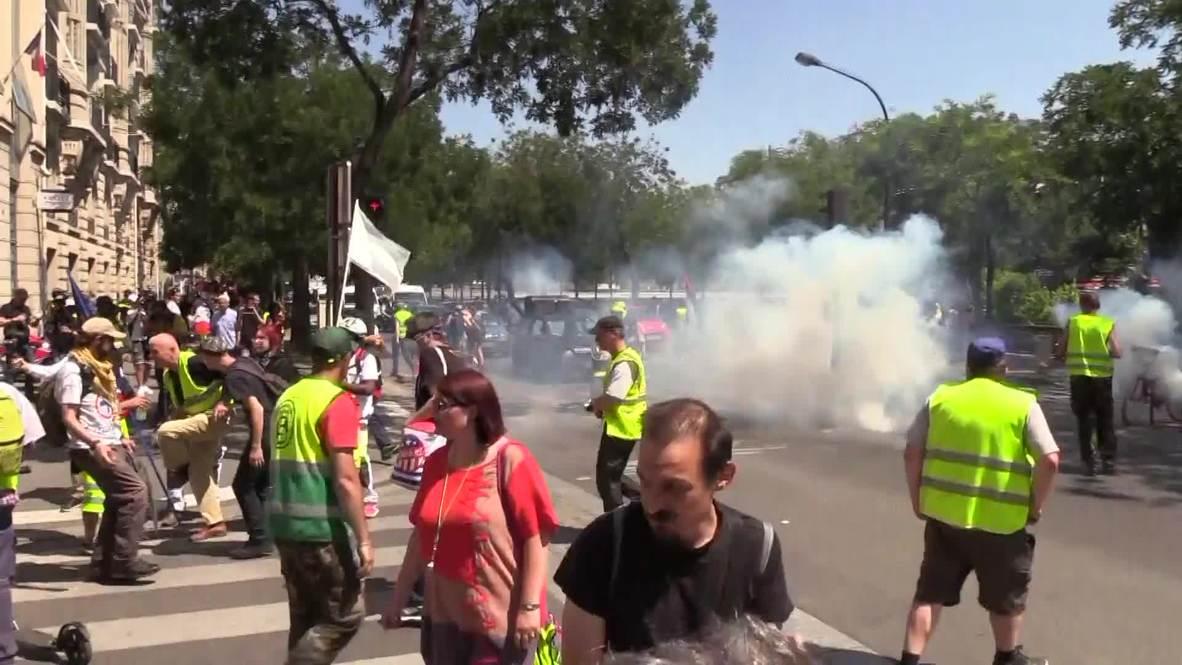 """Francia: Los """"chalecos amarillos"""" salen a la calle en una nueva semana de protestas"""