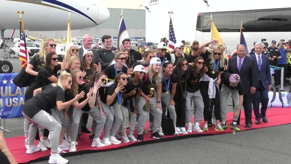USA: Women's national team arrives on home soil after winning 2019 WWC
