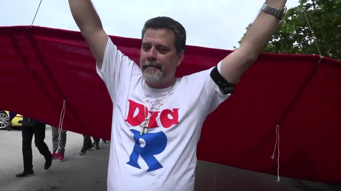 USA: Cuban-Americans protest in Miami to mark 'Dia R'