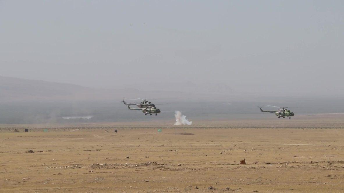 Таджикистан: Более 1 тысячи военных приняли участие в совместных учениях двух стран