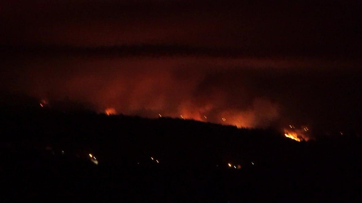 Portugal: Mas de mil bomberos combaten incendios forestales