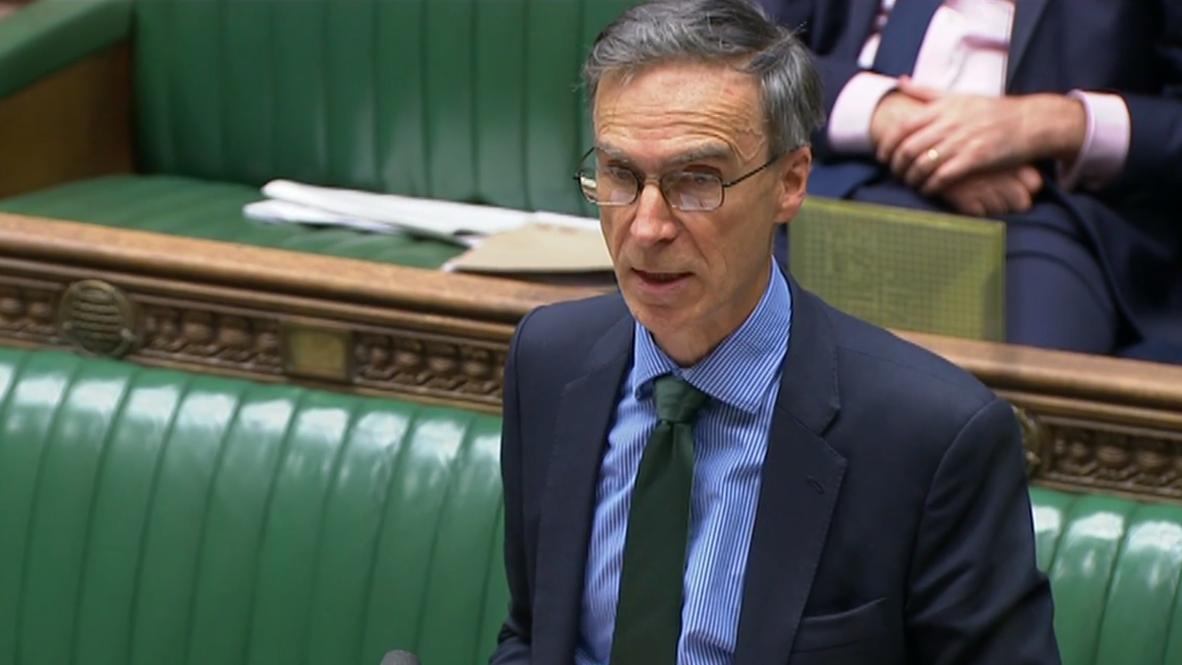 UK: London condemns Hong Kong's 'unacceptable scenes of violence'