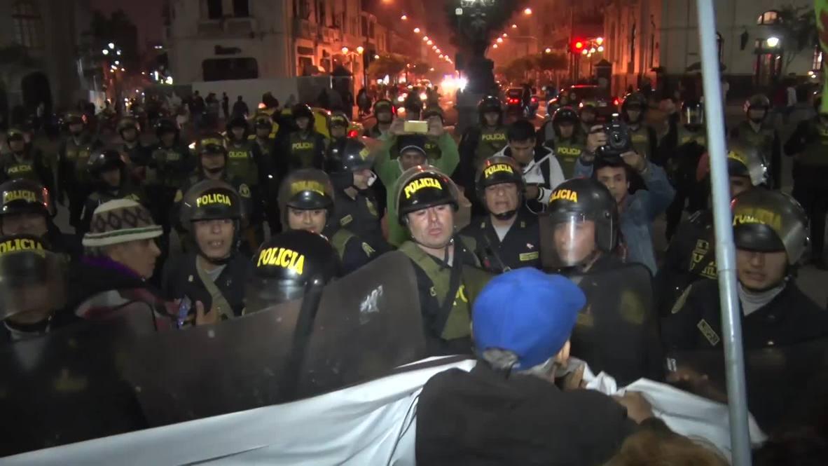 Perú: Manifestantes reclaman victoria mientras el Gobierno revisa el proyecto minero de Tía María
