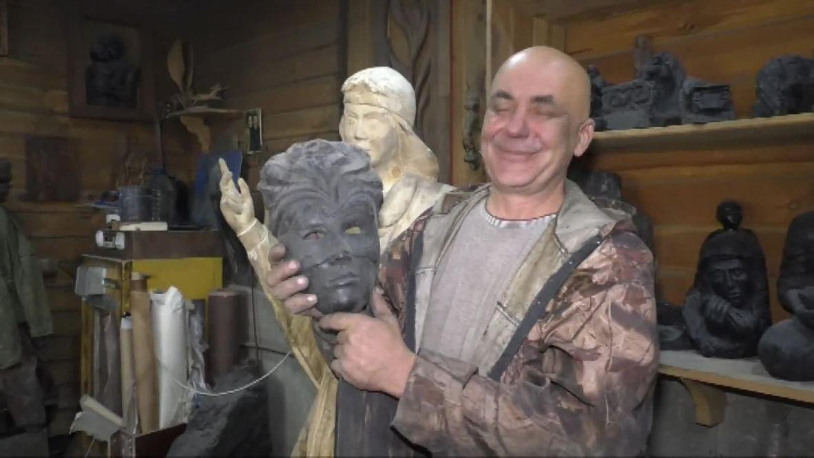 Россия: Династия Суворовых. Он изобрел, как вырезать из хрупкого угля скульптуры, и сына научил