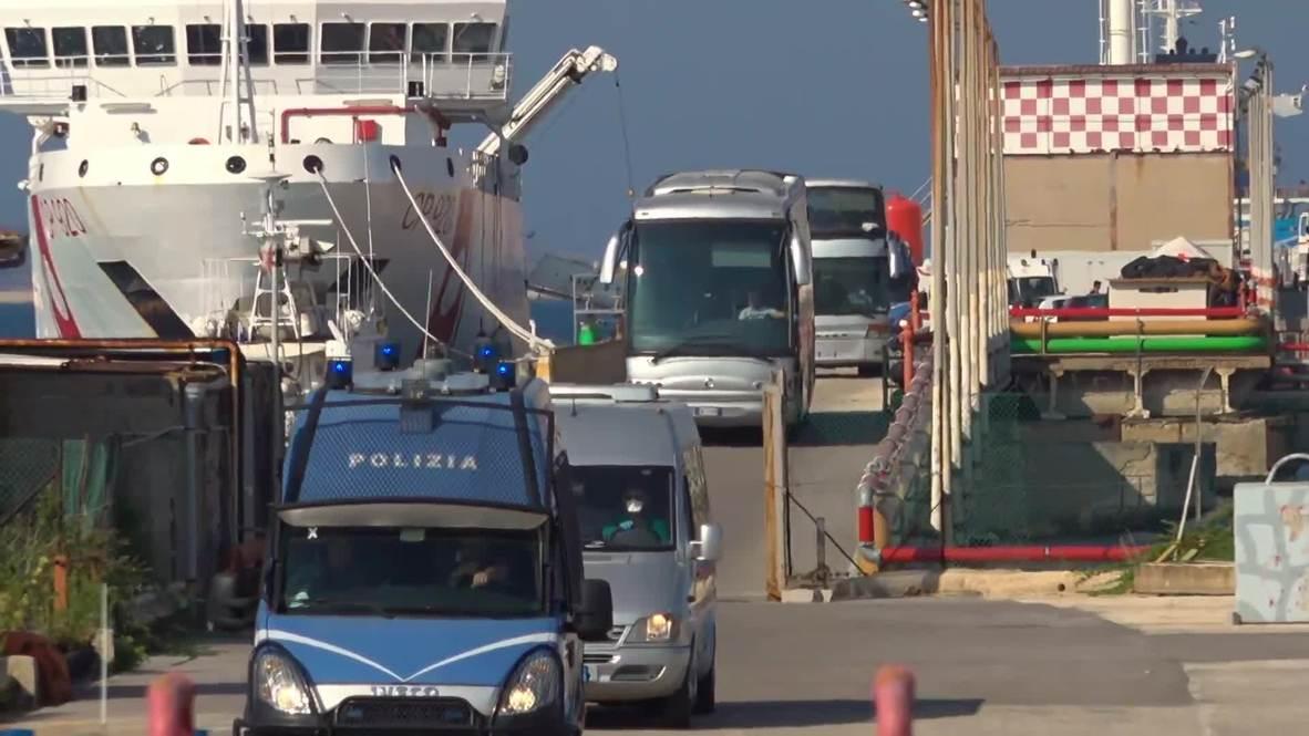 Italia: Migrantes son autorizados a desembarcar luego de acuerdo entre Salvini y miembros de la UE