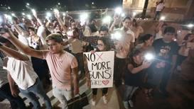 Mexico: Ciudad Juarez residents hold vigil in solidarity with El Paso shooting victims