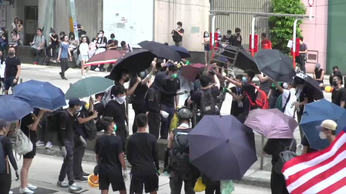 Hong Kong: La policía usa gases lacrimógenos contra los manifestantes y detiene a varios