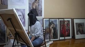 """""""Любая женщина красива по-своему"""". Художница из Таджикистана помогает раскрыть уникальность женской красоты"""