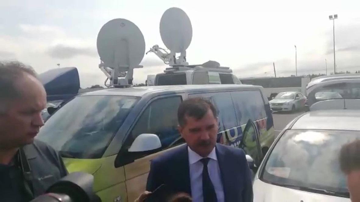 Russia: Rosaviatsiya chief praises Ural Airlines crew for landing in cornfield