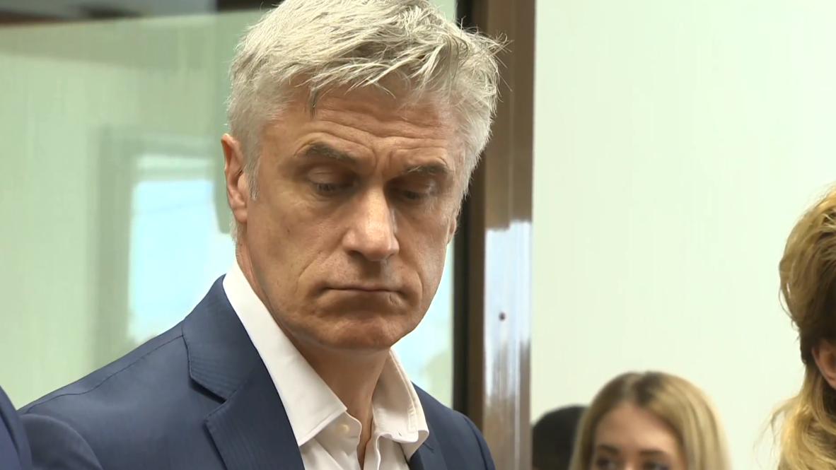 Russia: US financier Calvey to stay under house arrest