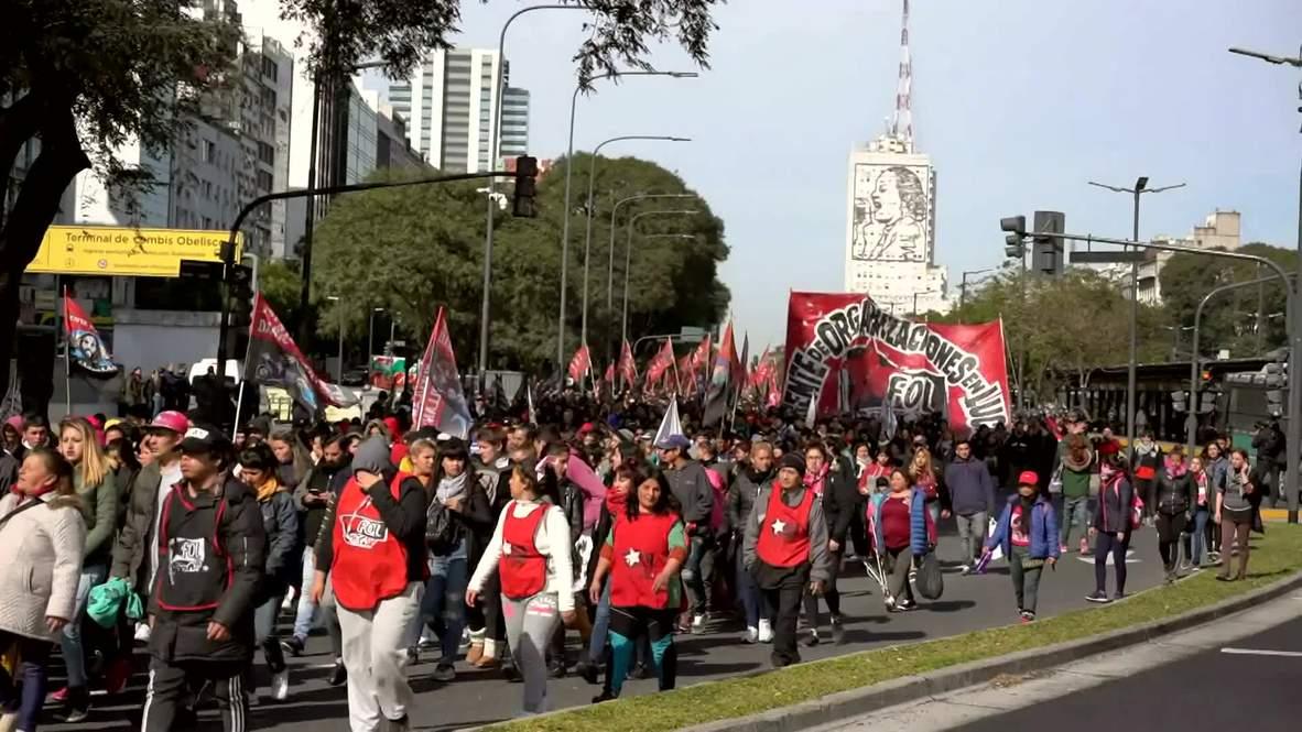 Argentina: Protestas en Buenos Aires por la inestabilidad económica que azota el país