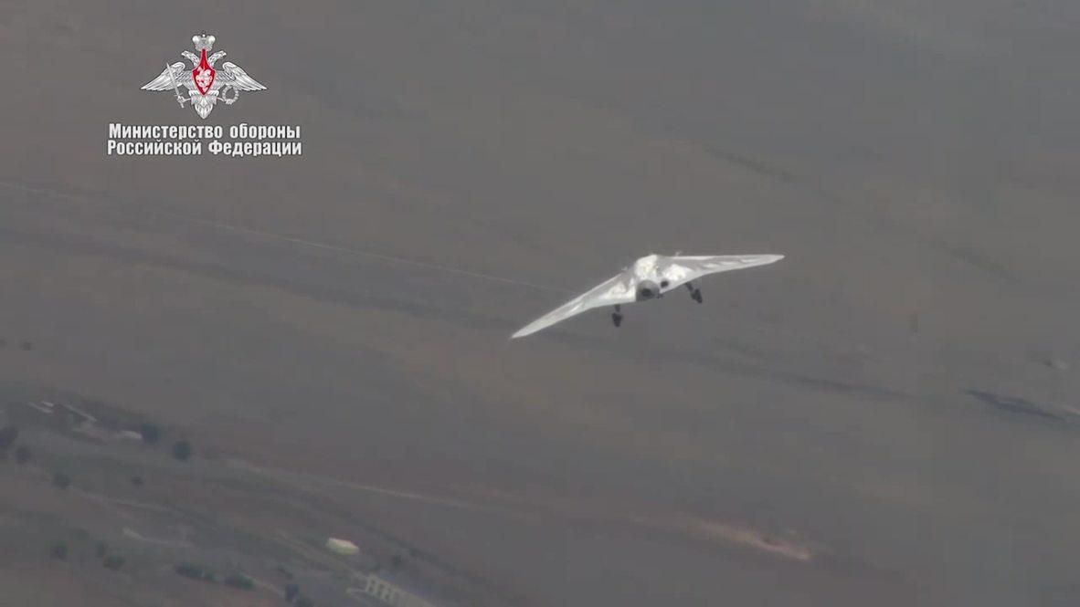 Russia: Okhotnik combat drone conducts flight with SU-30