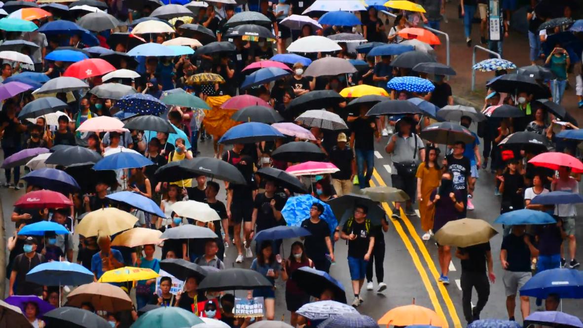 Hong Kong: Manifestantes protestan en el centro por undécimo fin de semana consecutivo